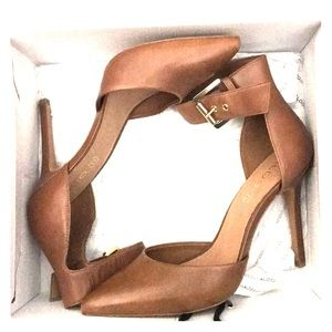 Leather camel ankle cuff pumps size 11